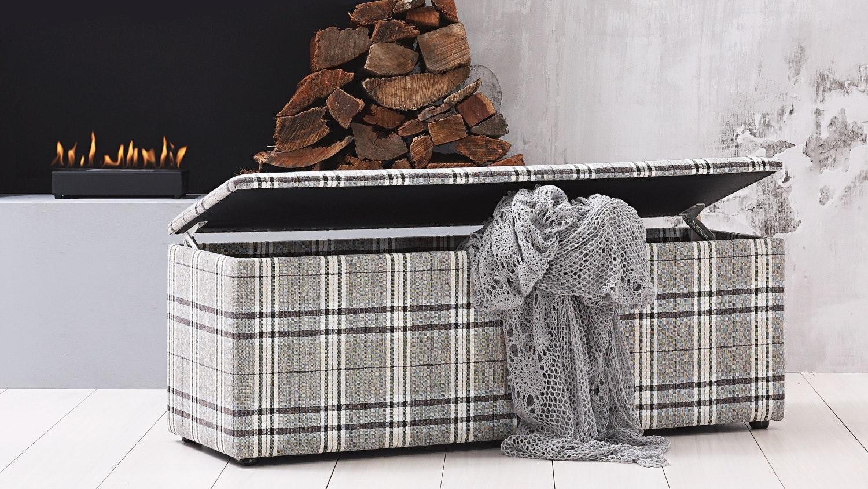 Dasch Blanket Box