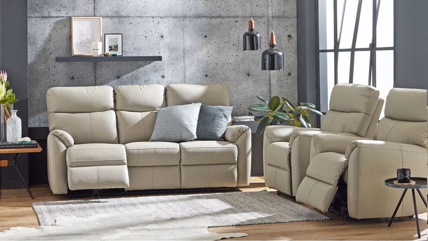 Montague Leather Recliner with Electric Reclining Action - Mist