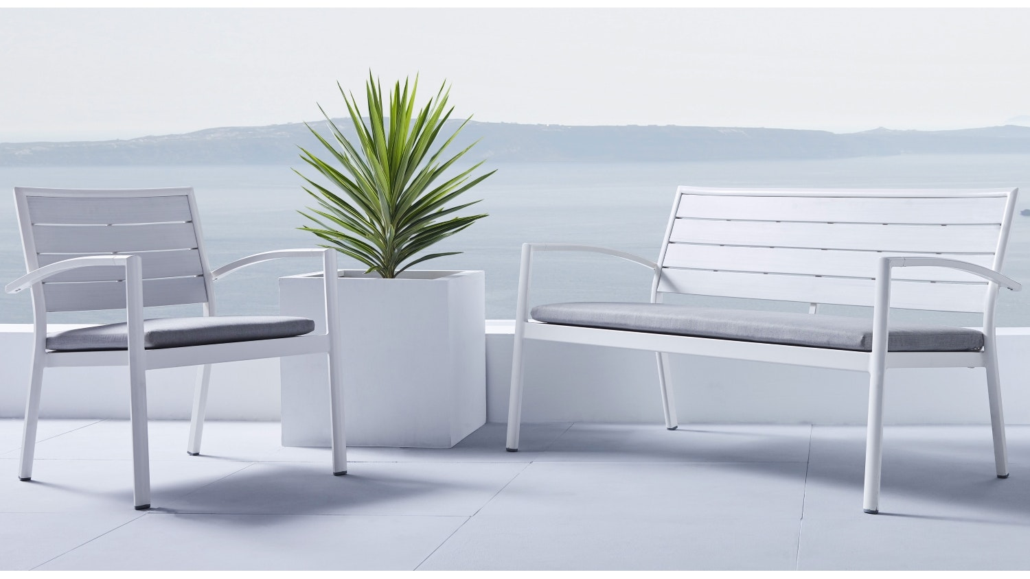 Charlie Outdoor Love Seat
