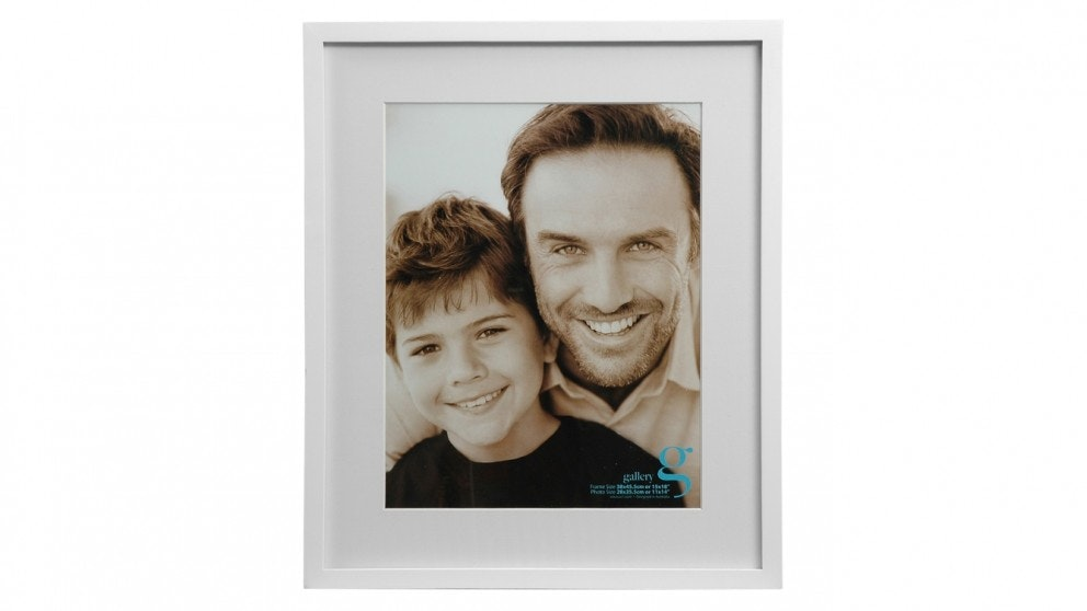 """UR1 Gallery 15""""x18"""" Photo Frame with 11""""x14"""" Opening - White"""