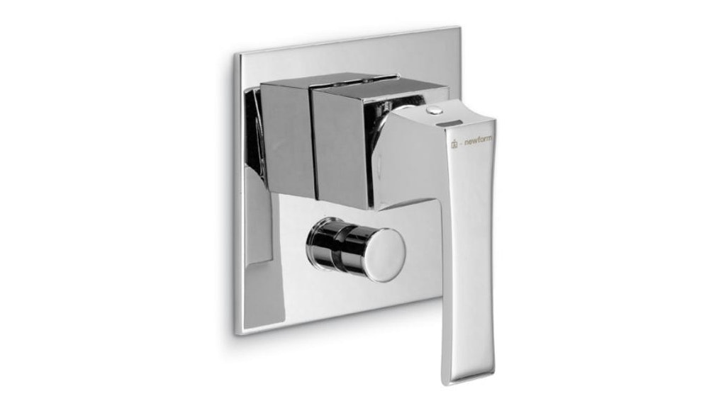 Newform Infinity Shower and Bath Mixer with Diverter