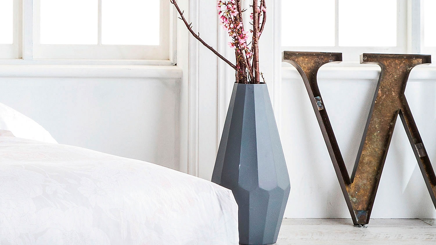 Evelyn Large Vase - Grey