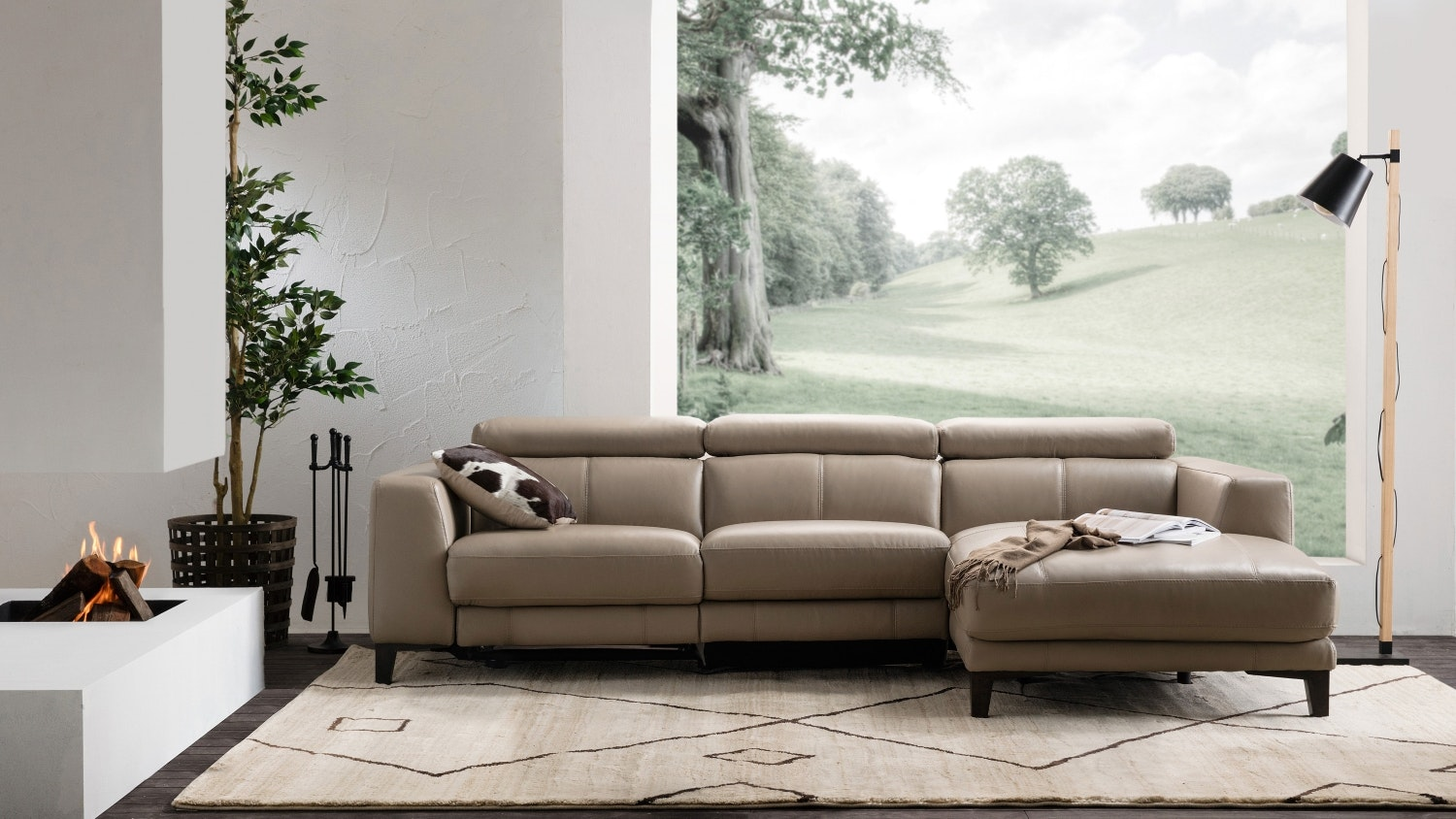 Adali 2.5 Seater Leather Sofa With Chaise U0026 Electric Reclining Actions