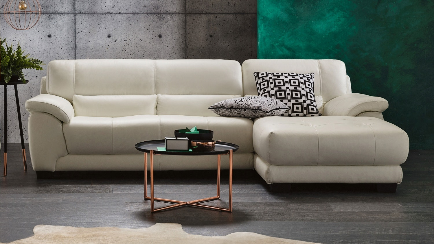 Longbeach 2.5 Seater Leather Sofa with Chaise