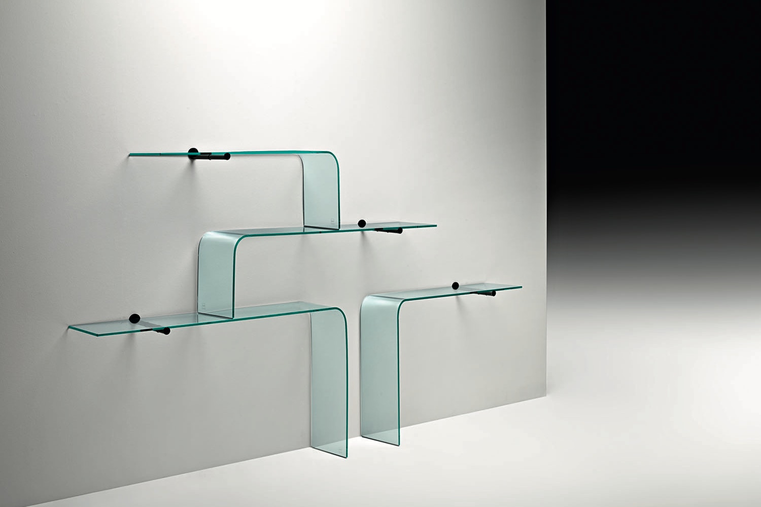 Mensole Shelf by Leonardo Gerussi Carlo Mariano Sartoris for Fiam Italia