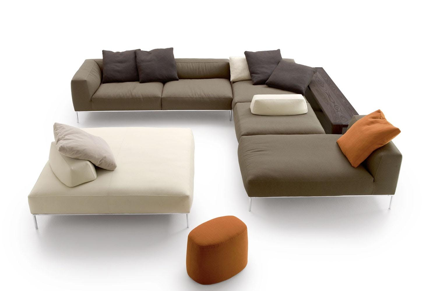 frank 2012 sofa by antonio citterio for b b italia space. Black Bedroom Furniture Sets. Home Design Ideas