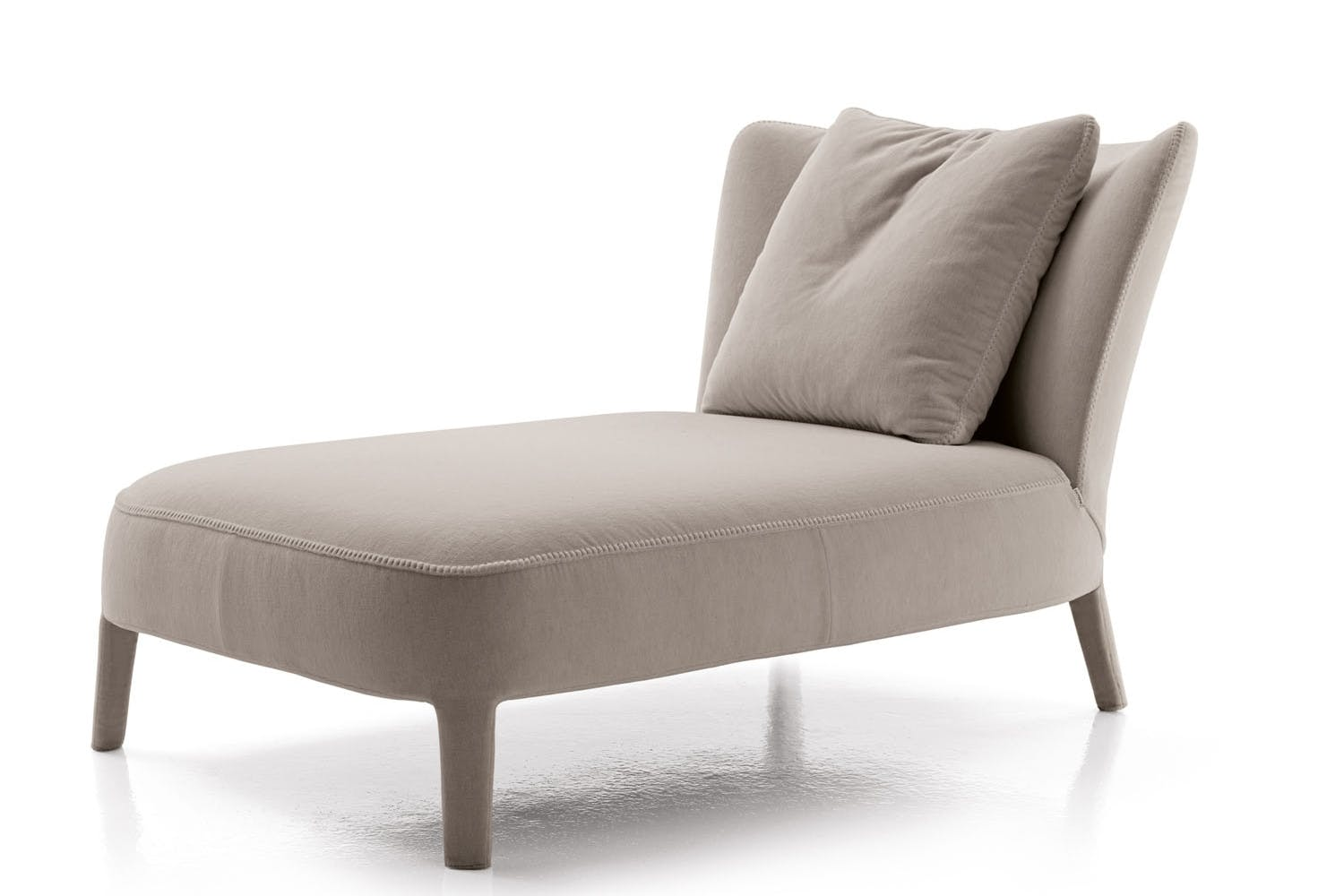 Febo chaise longue by antonio citterio for maxalto space for Chaise longue furniture
