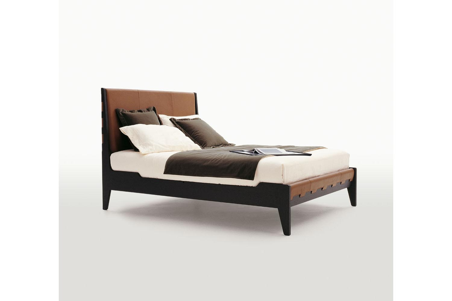 Talamo Bed by Antonio Citterio for Maxalto