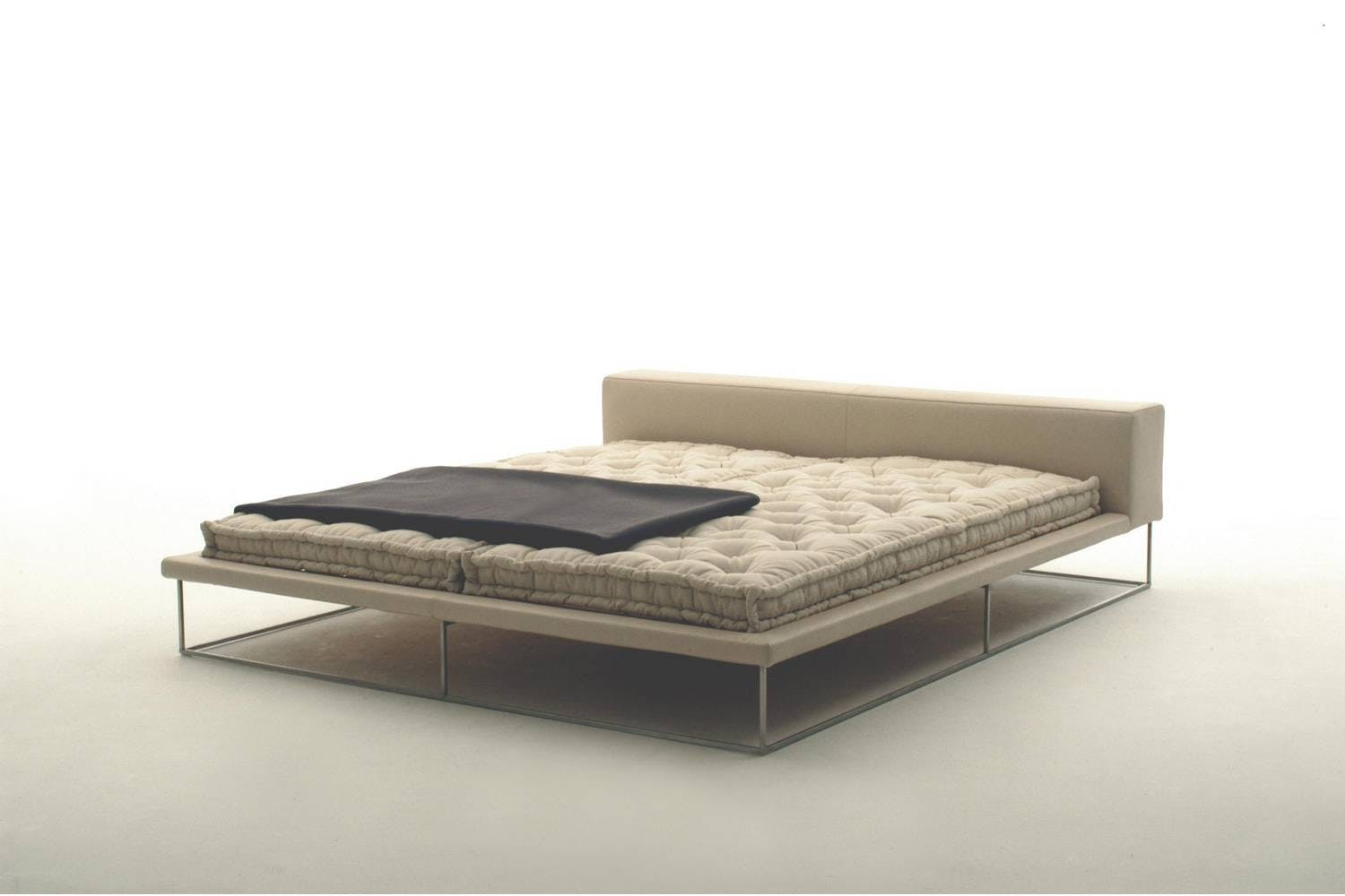 Ile Bed By Piero Lissoni For Living Divani