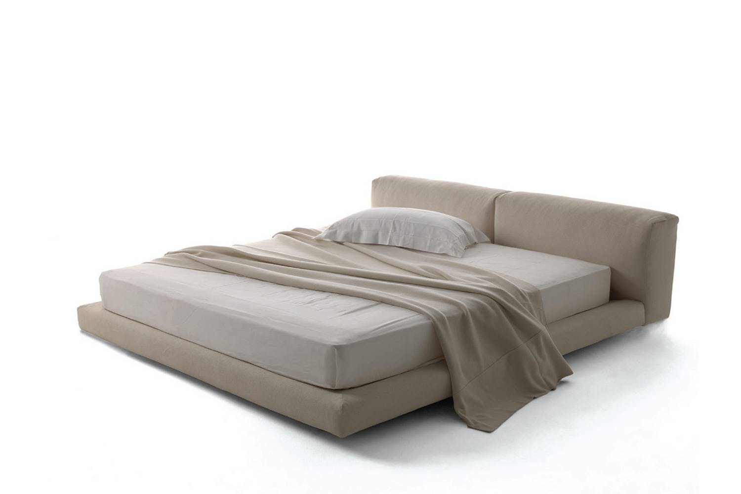 Softwall Bed by Piero Lissoni for Living Divani | Space Furniture