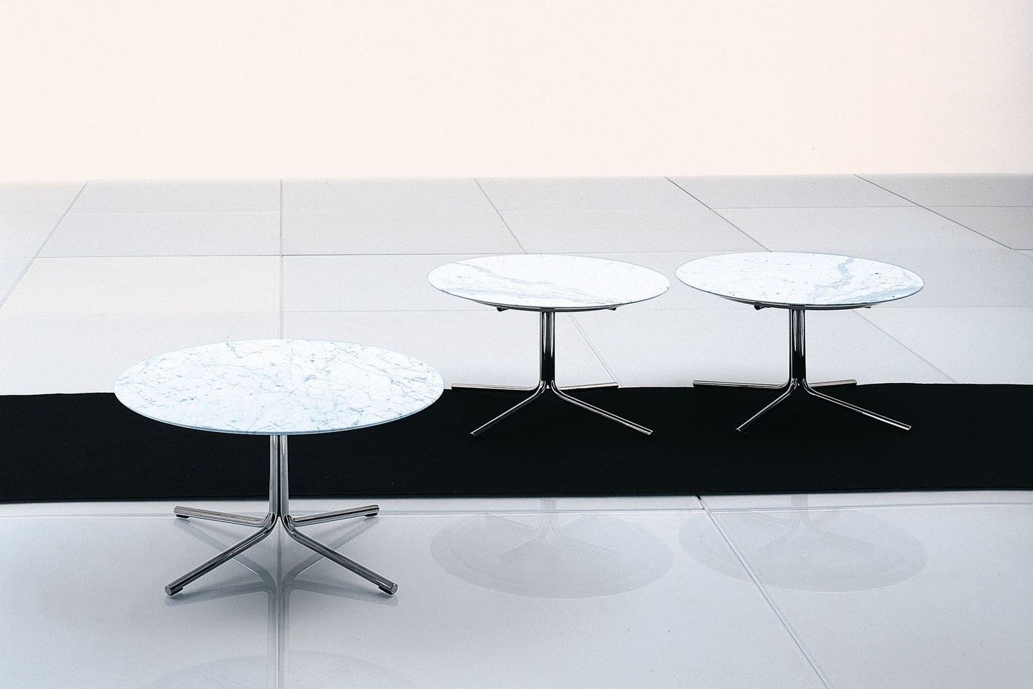 Jelly Table Marble by Piero Lissoni for Living Divani
