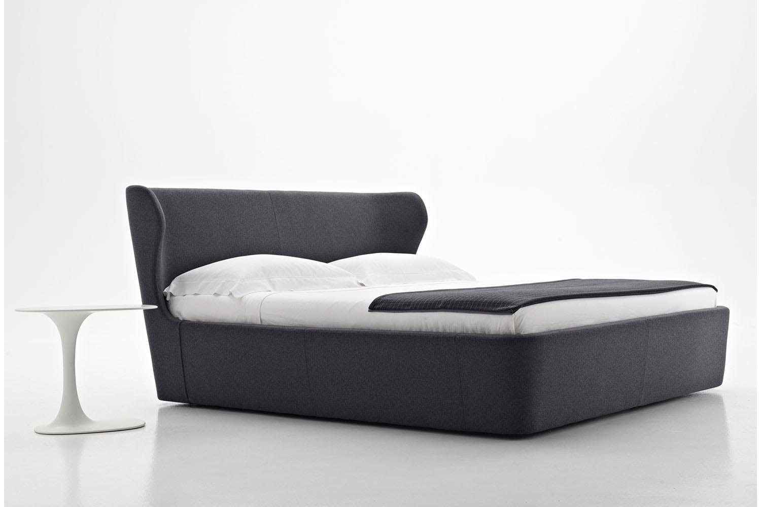 Papilio bed by naoto fukasawa for b b italia space furniture for B and b italia beds