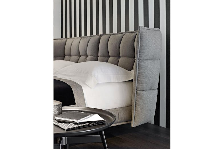 Husk bed by patricia urquiola for b b italia space furniture for B and b italia beds