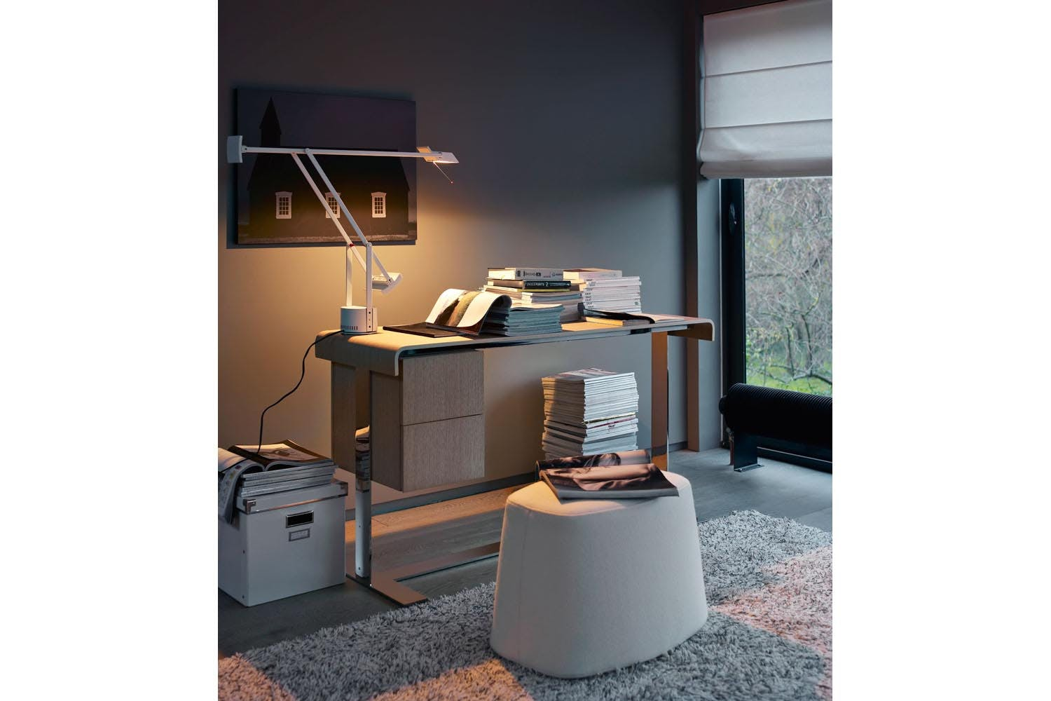 eileen writing desk by antonio citterio for b b italia. Black Bedroom Furniture Sets. Home Design Ideas