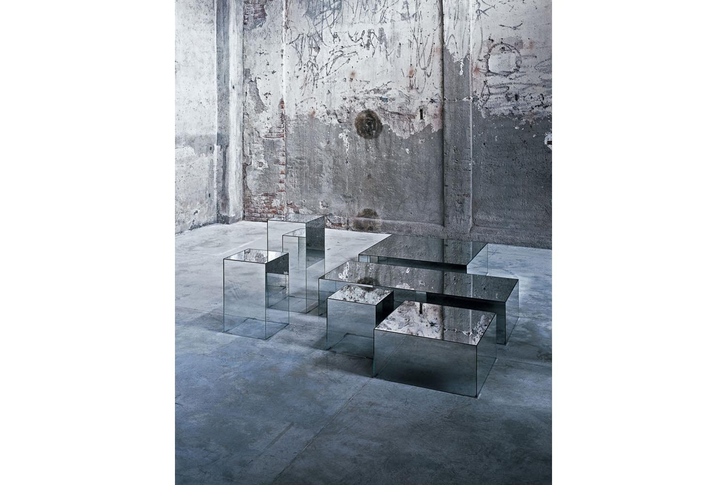 Illusion Coffee Table by Jean-Marie Massaud for Glas Italia