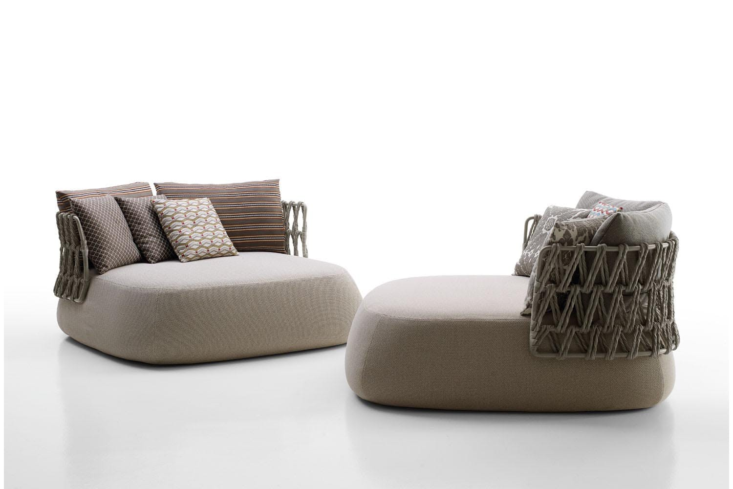fat sofa outdoor by patricia urquiola for b b italia. Black Bedroom Furniture Sets. Home Design Ideas