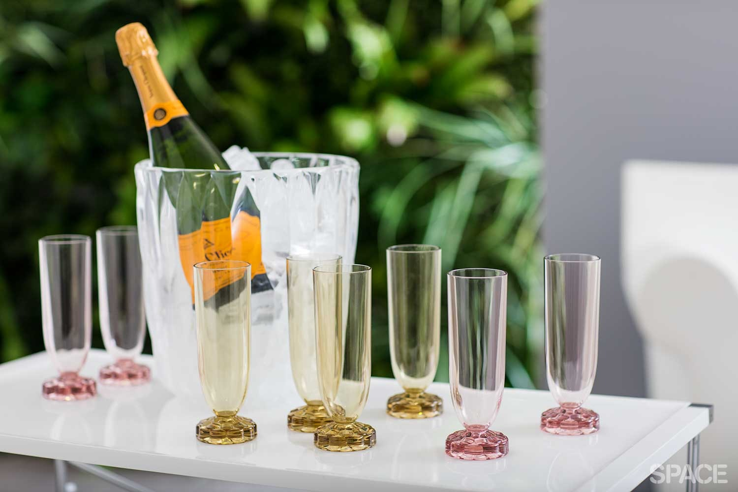 Complete Entertaining Champagne Flutes Package by Kartell