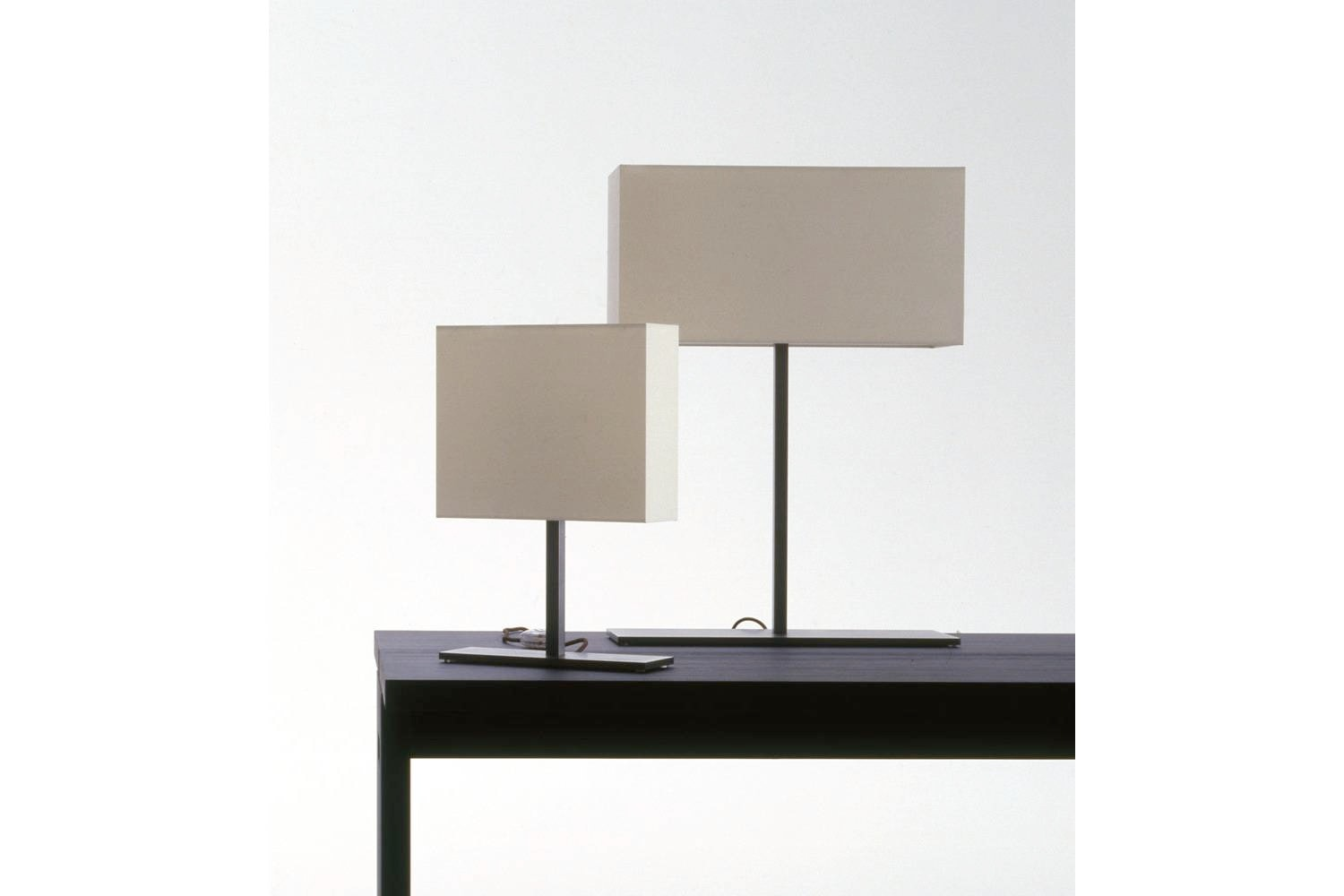 Leukon Table Lamp by Antonio Citterio for Maxalto