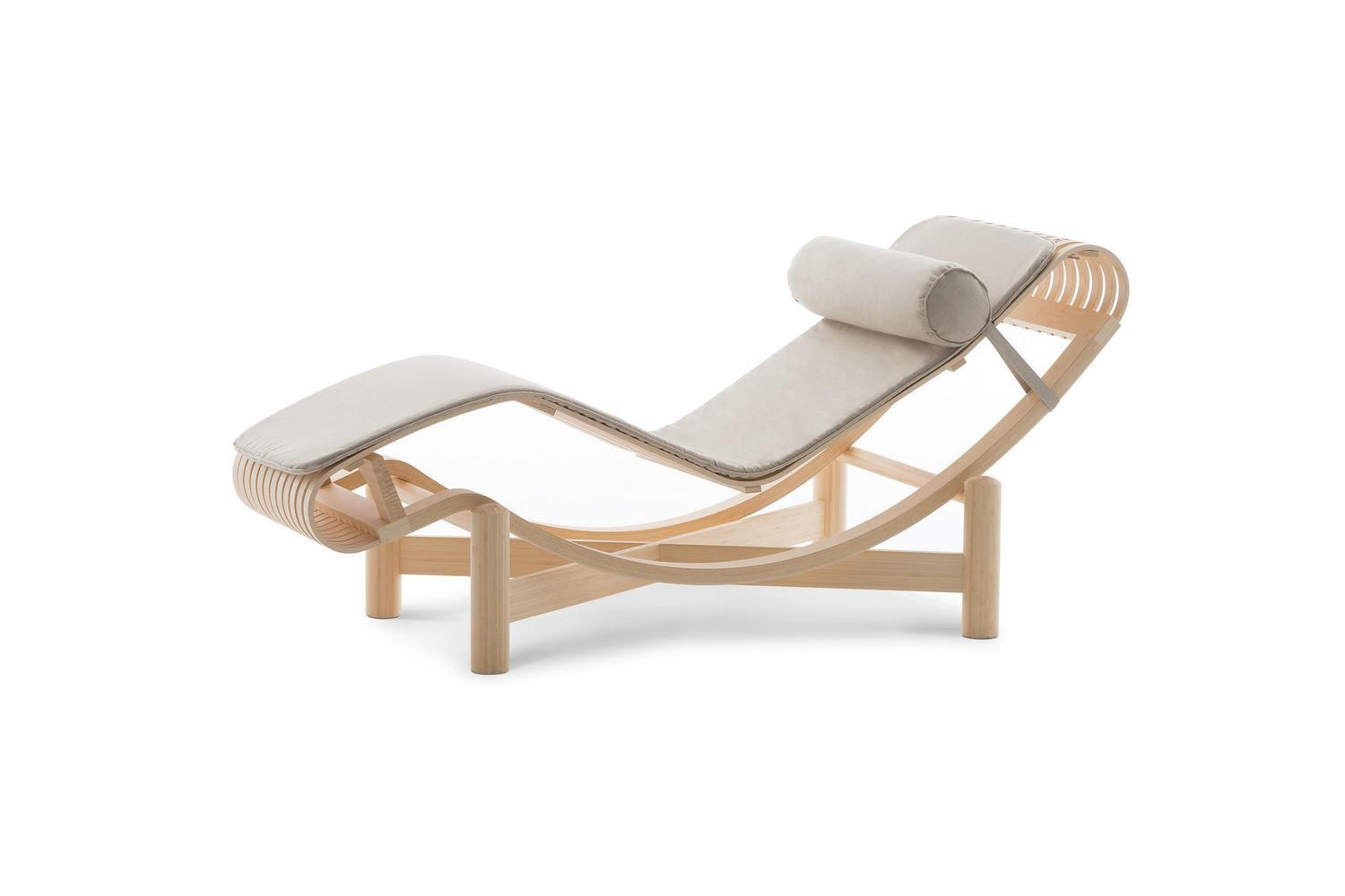 522 Tokyo Chaise Longue by Charlotte Perriand for Cassina