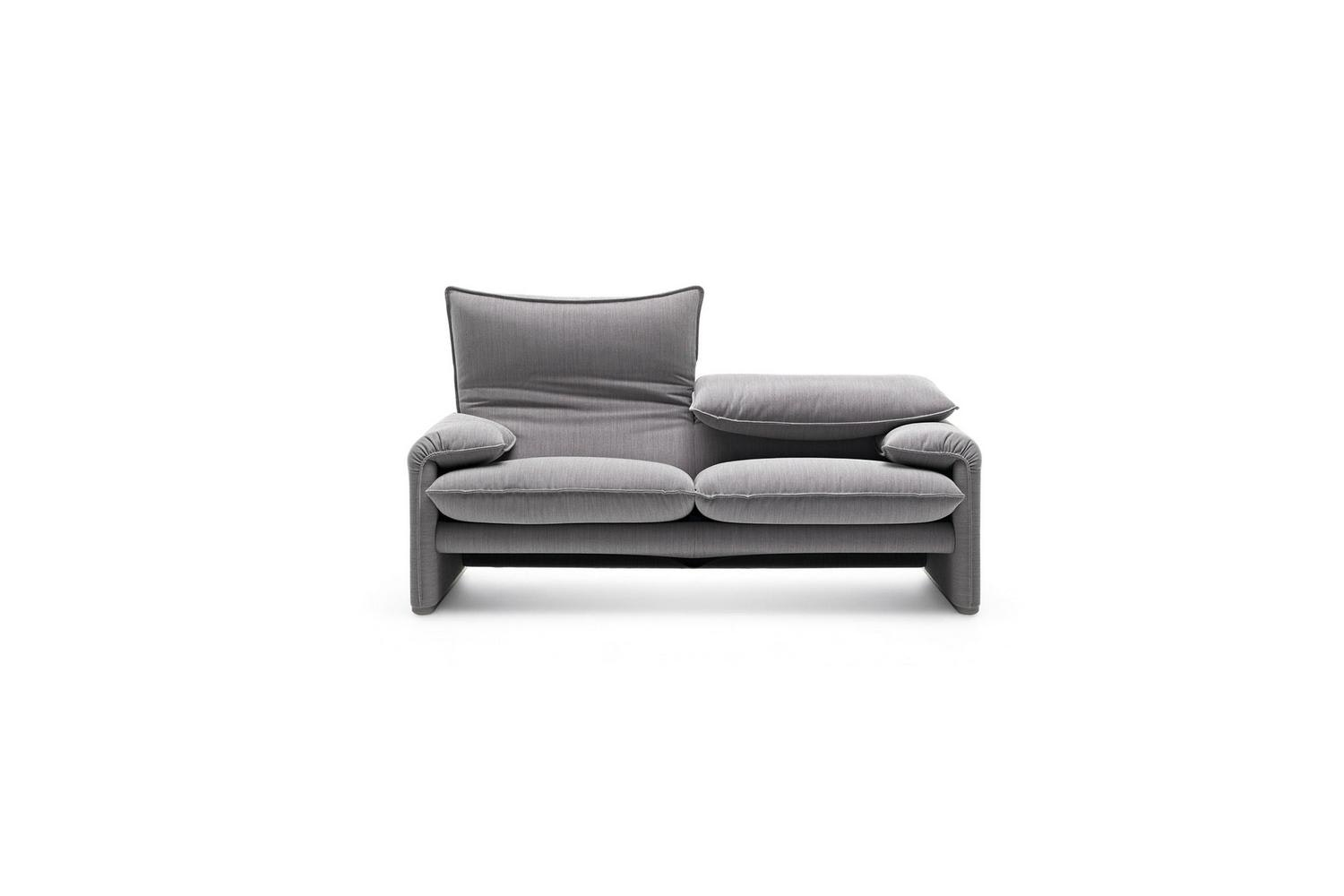 675 Maralunga 40 Sofa by Vico Magistretti for Cassina