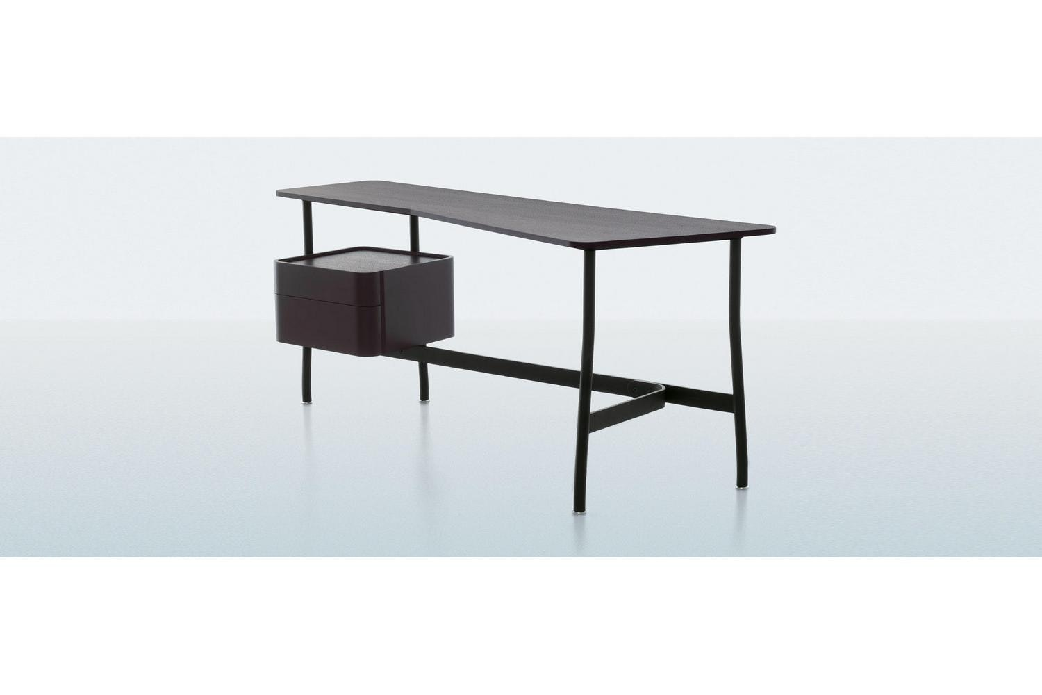 L40 Sled Desk by Rodolfo Dordoni for Cassina