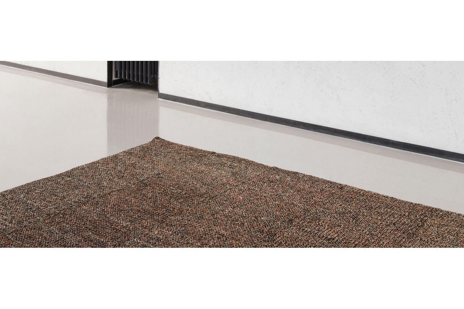084 Cassina Carpets