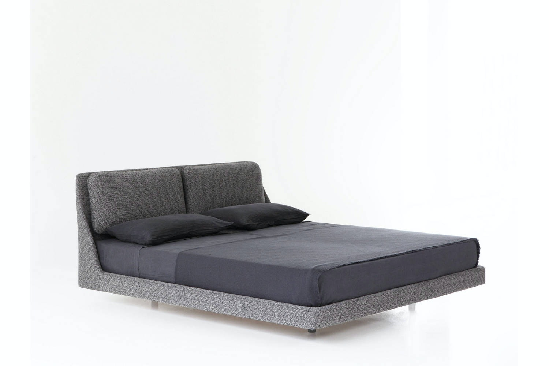 Makura Bed by Piero Lissoni for Porro