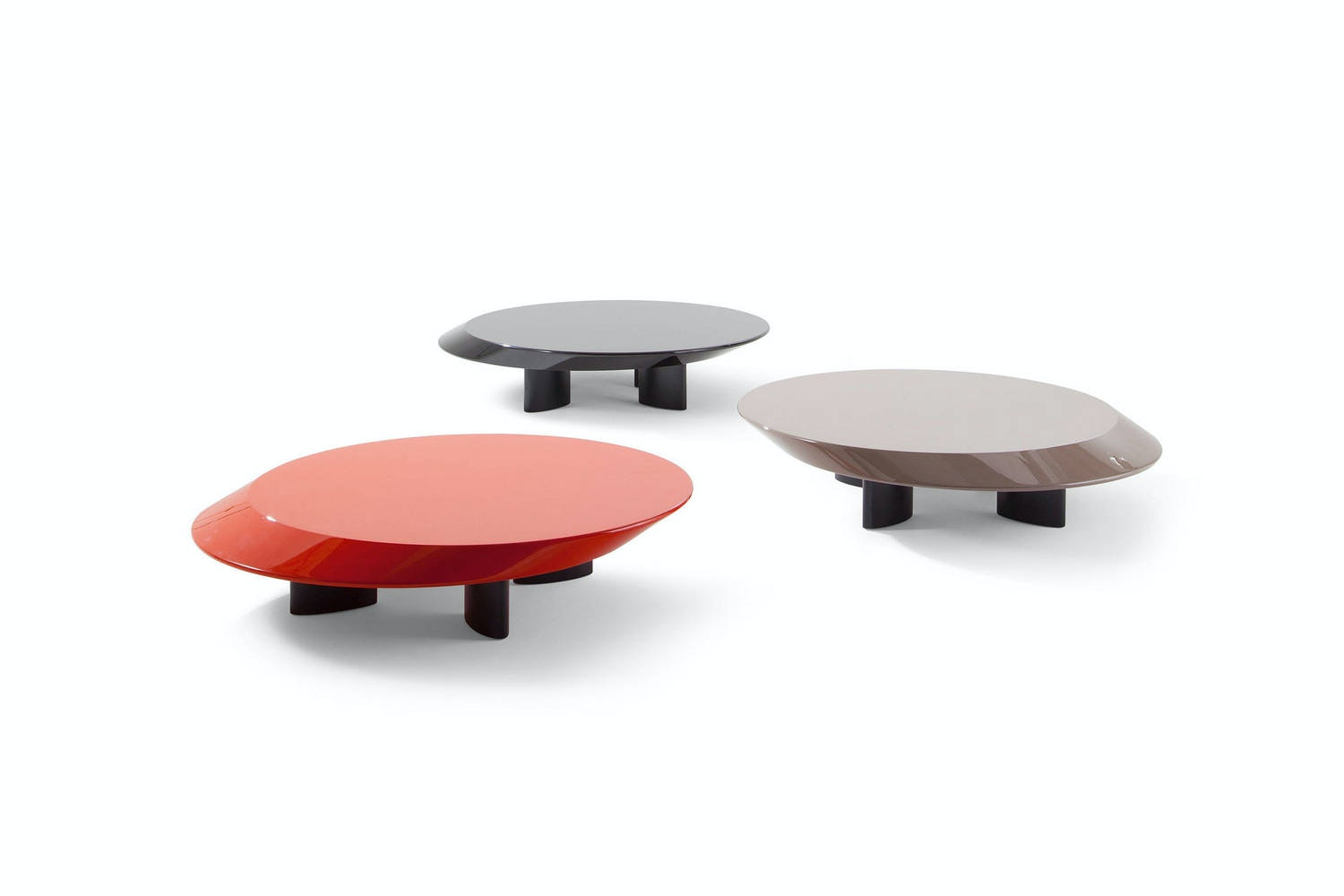 520 Accordo Coffee Table by Charlotte Perriand for Cassina