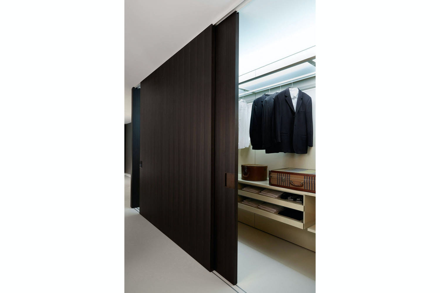 Shift Sliding Doors by Piero Lissoni for Porro