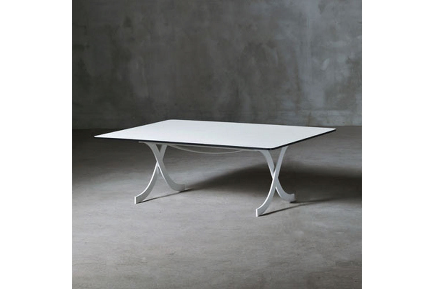 Barcelonina Front Table by Deepdesign for Serralunga