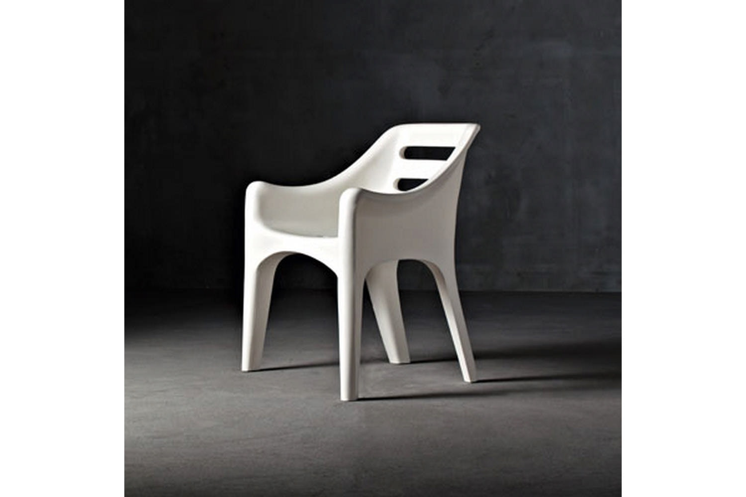 Russel Chair with Arms by Vico Magistretti for Serralunga