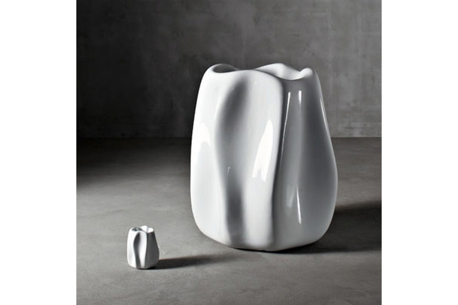 New Wave Pot by Ross Lovegrove for Serralunga