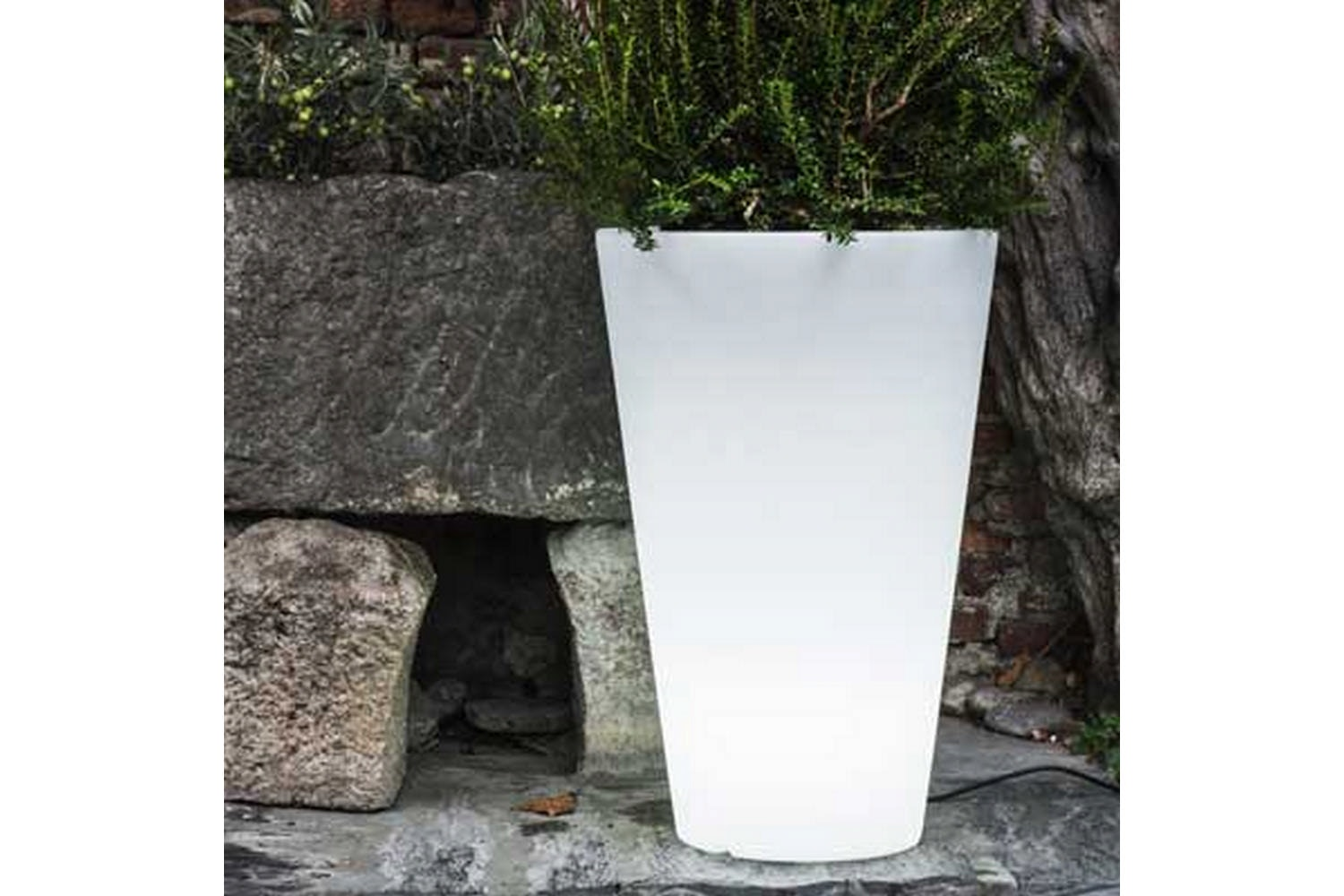 Liscio Siena Pot with Light by Paolo Rizzatto for Serralunga