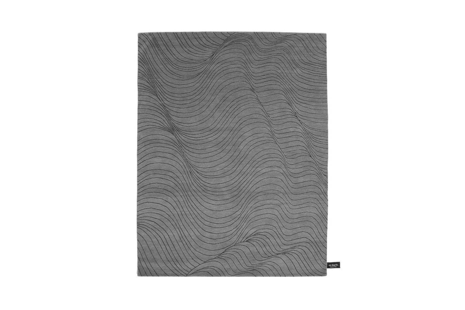 Skin Rug by Kostantia Manthou for CC-Tapis