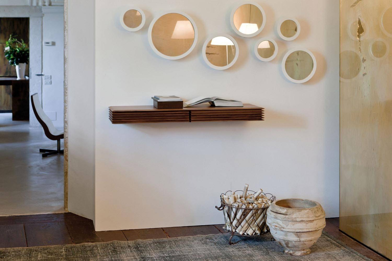 Lineas Shelf by T. Colzani for Porada