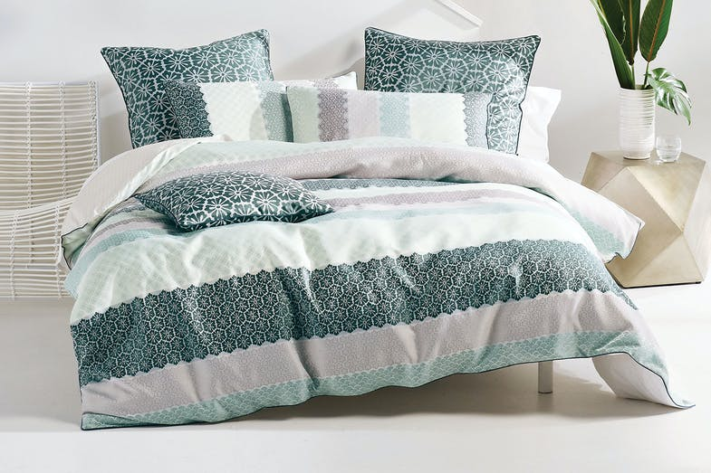 Reana Duvet Cover Set by Savona
