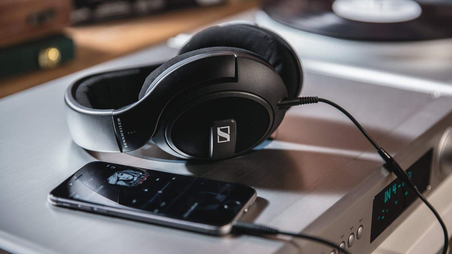 Sennheiser HD569 Over-Ear Headphones