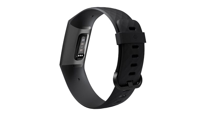 Featuring a modern design and a water-resistant structure, the Fitbit Charge 3 lets you stay on top of your daily activities without compromising your stylish personality.