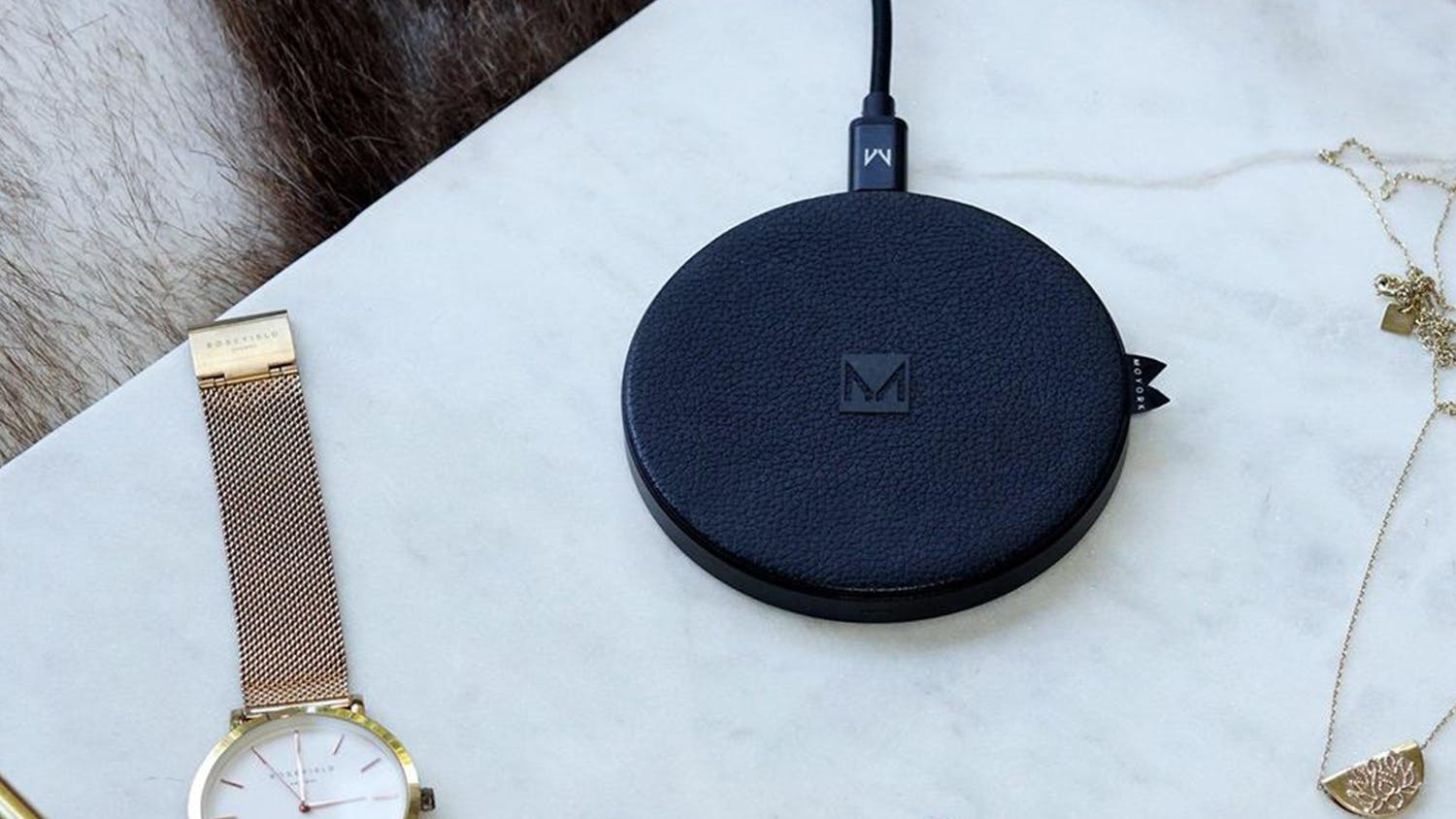 Moyork 10W Qi Fast Wireless Charging Pad - Raven Black Leather
