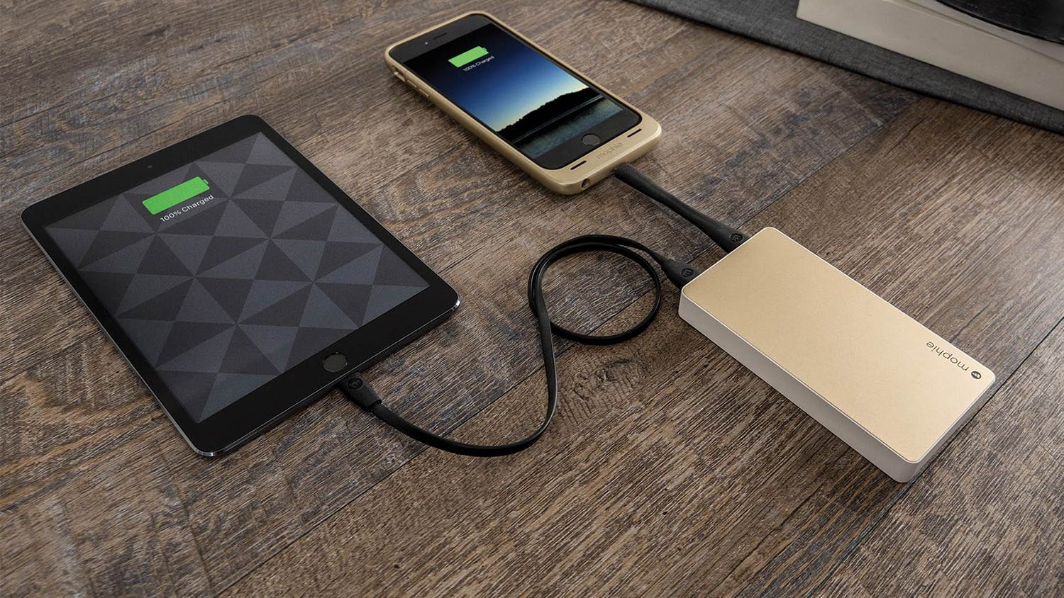 Mophie 6,000mAh Powerstation - Gold