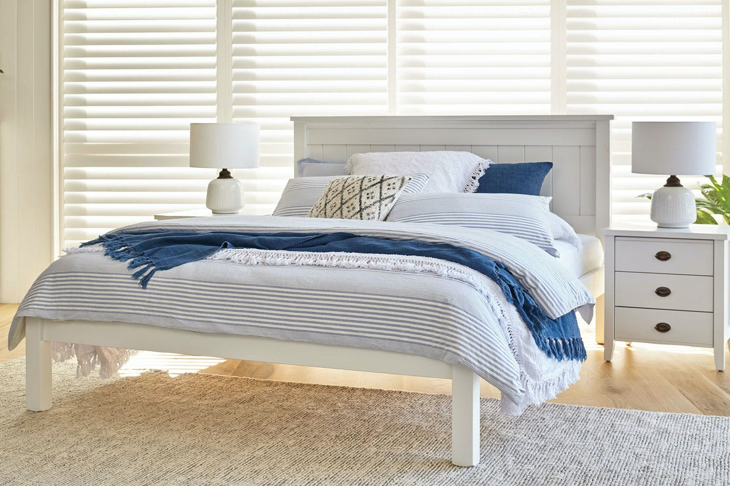 Image of La Resta Queen Bed Frame by Coastwood Furniture