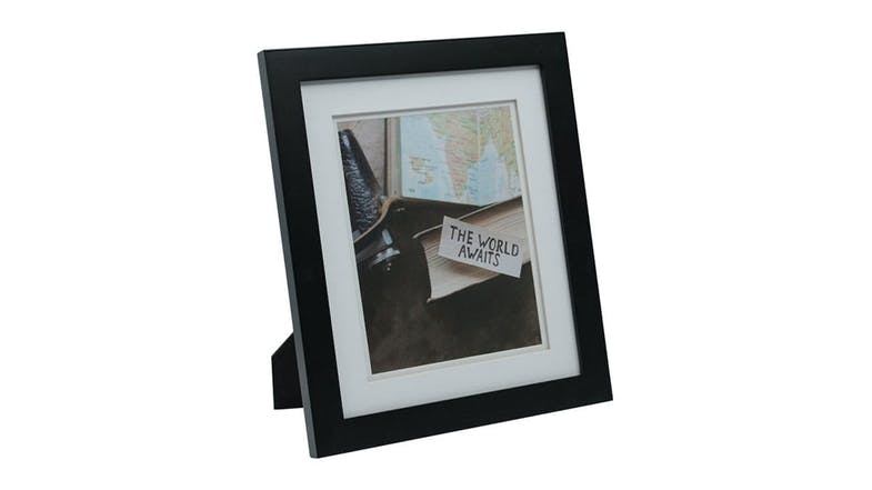 UR1 Life 11x13 Photo Frame with 8x10 Opening - Black