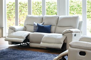 Featherstone 3 Seater Leather Recliner Sofa