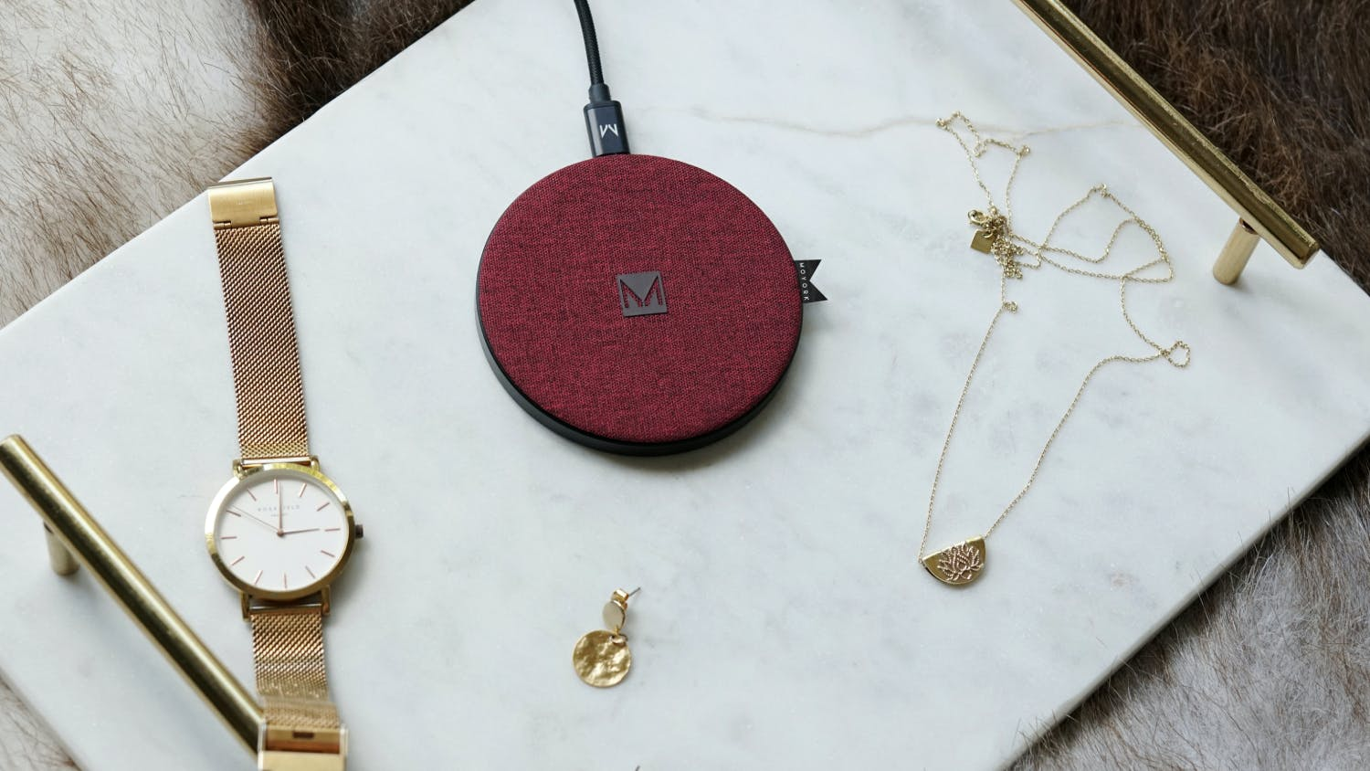 Moyork WATT 15W Qi Fast Wireless Charging Pad - Merlot Red Fabric