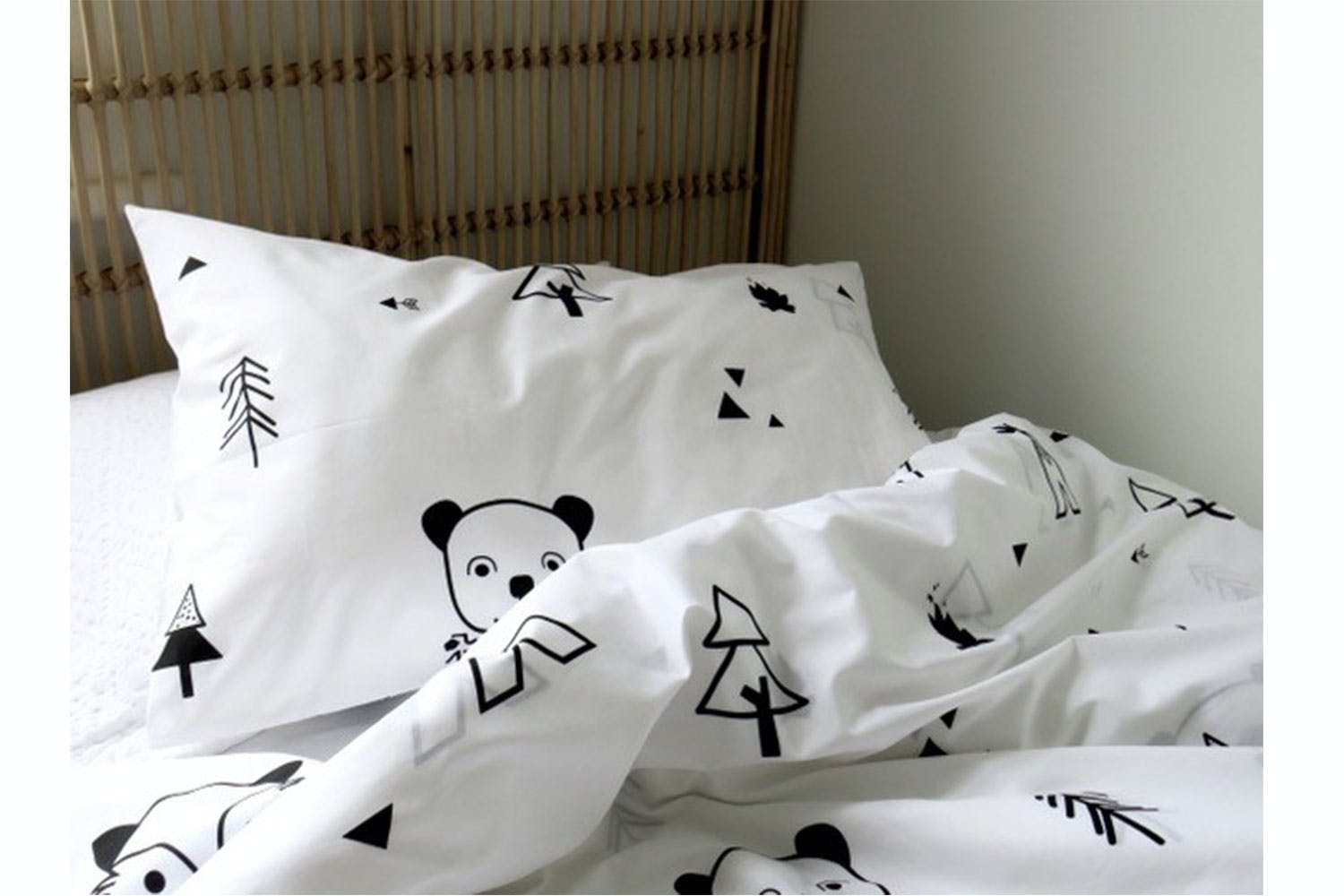Foxes Duvet Cover Set by L'Avenue
