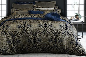 Peron Night Duvet Cover Set by Da Vinci