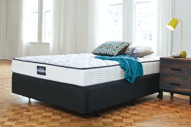 Pioneer Firm Bed by Sleepmaker
