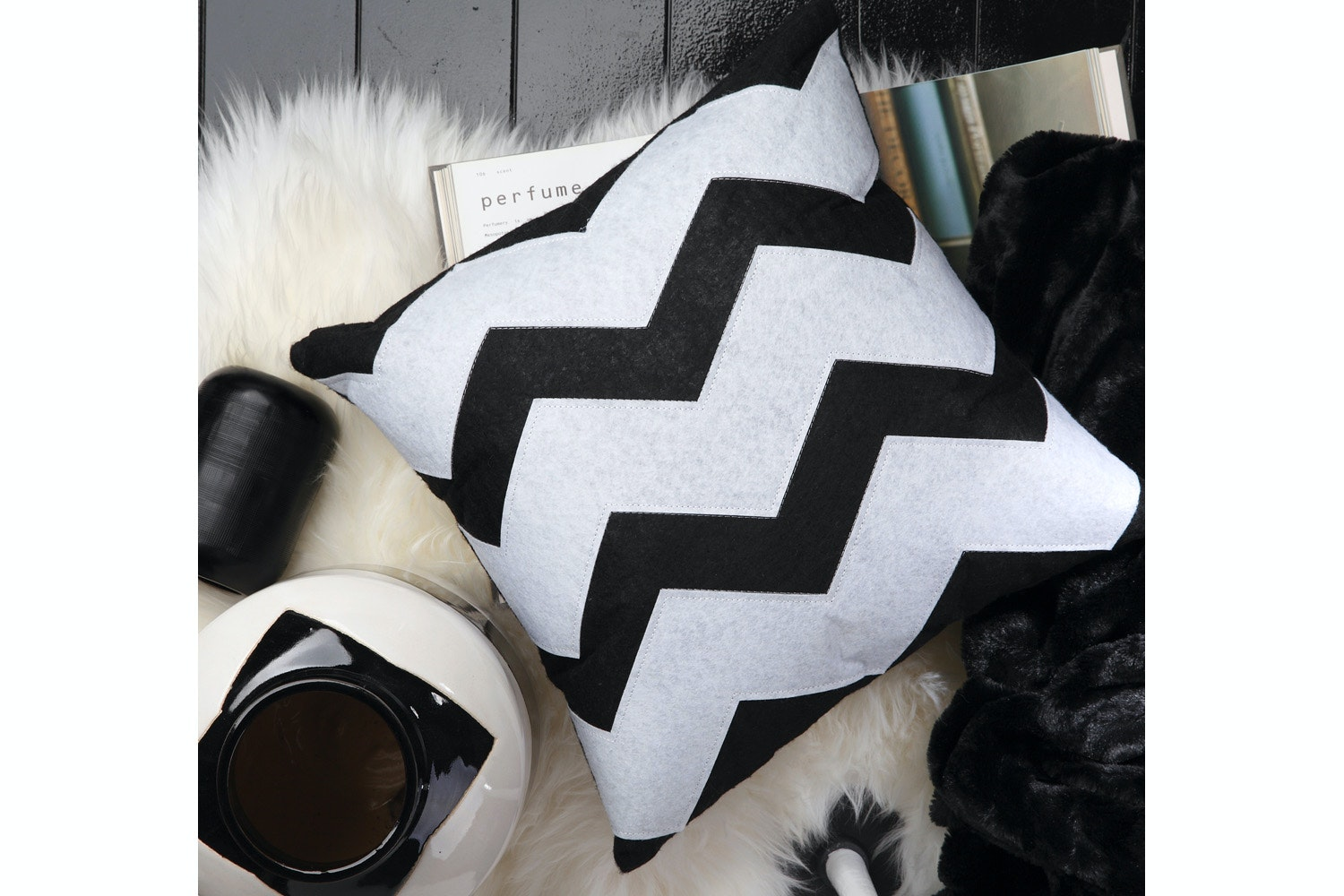 Zeke Black Zigzag Cushion -  by Ulitma