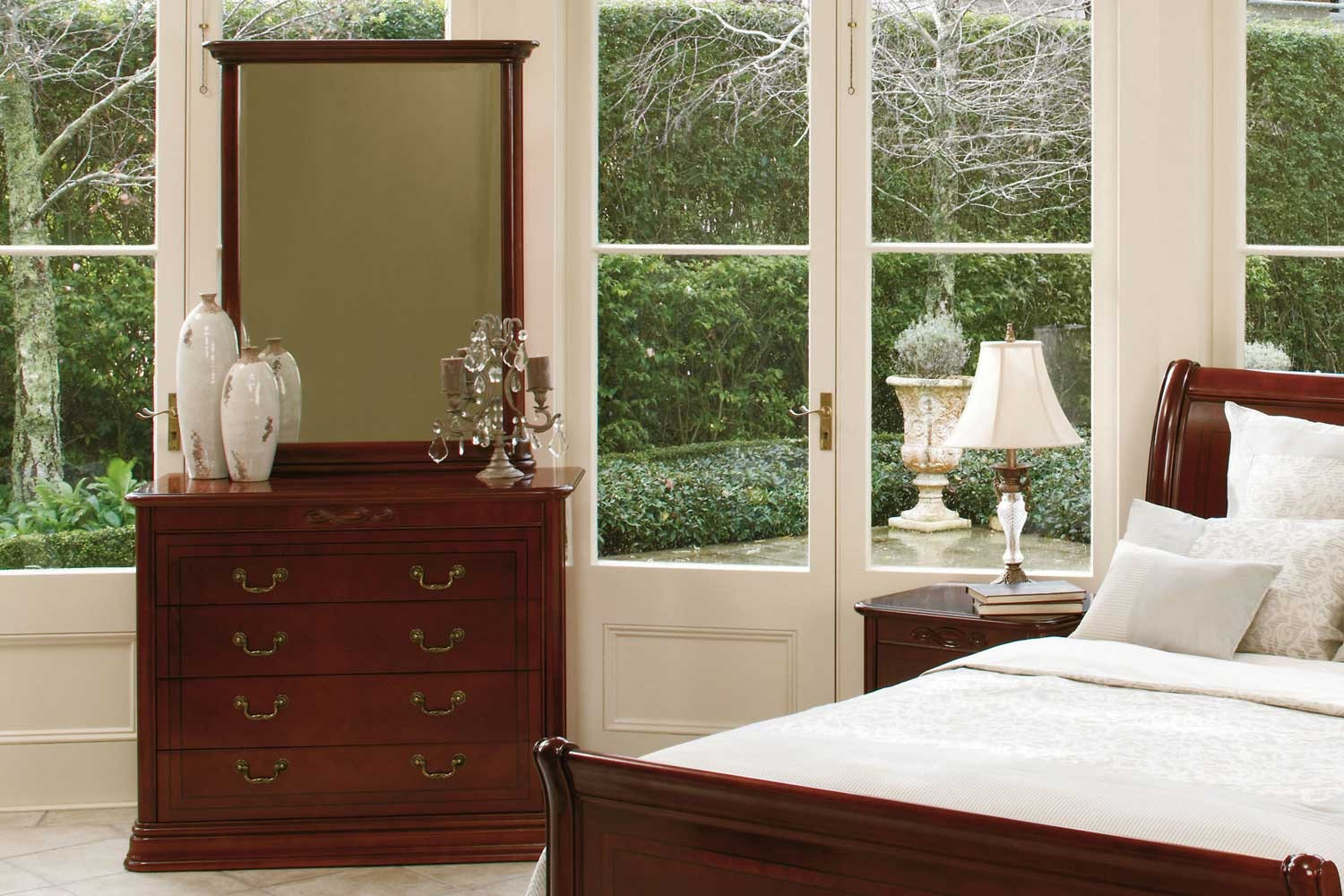 Windsor Park Bedroom Furniture