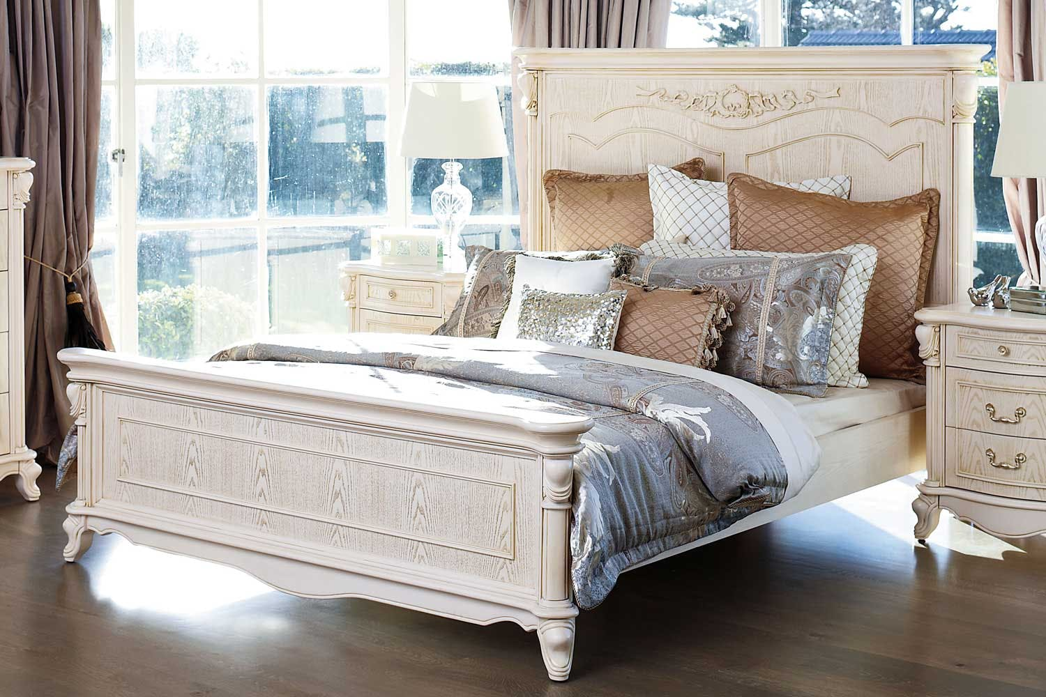 Chateau queen bed frame by sorensen furniture harvey for Chateau beds